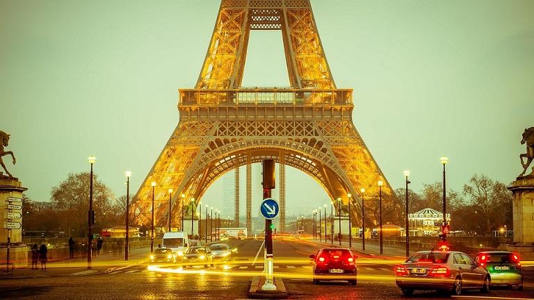 Parigi, addio alle auto per una settimana