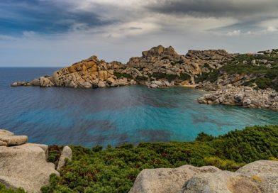 Viaggi in traghetto nel Mediterraneo: dall'Elba alla Corsica